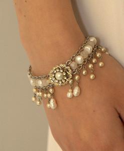 Bridal victorian Bracelet,Vintage Wedding,Swarovski,Romantic