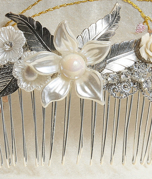 Bridal flower hair comb with silver